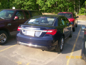 MINT CONDITION 2013 CHRYSLER 200 XL, LOW KM, ONE OWNER