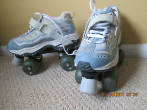 Selling a pair of Skechers roller skates size 6