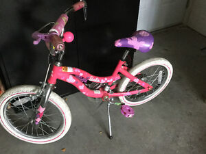 "16"" Gilrs Bike with training wheels--Excellent condition"
