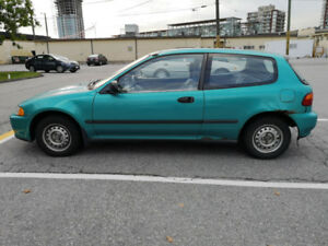MUST SELL QUICKLY - BEST OFFER GETS IT - HONDA CIVIC 1993 AUTO