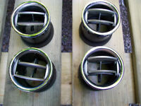 FORD F150 CHROME UPPER VENT DUCTS