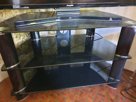 Black TV stand H51cm W80cm D46cm £25 Collection only Locksbottom