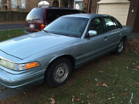 1995 Ford Crown Victoria Other