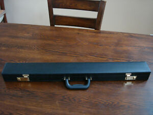 Earl Strickland Signature Pool Cue and Case