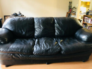 Comfy Black Leather Couch $150 OBO No delivery
