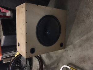"""Competition Kicker 15"""" in Custom Made Ported Box"""