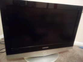 "26"" hd ready TV"