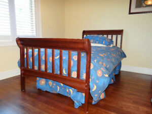 Twin Bed Set - Perfect for the cottage