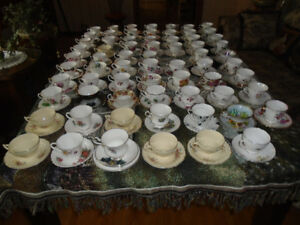 Household 75 Sets of English cup and saucers - $6