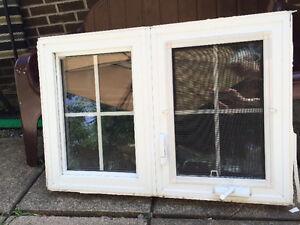 Fenêtre en PVC a manivelle