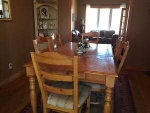 Solid Pine Table and Chair Set
