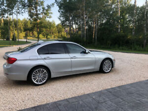 2013 BMW 328xi - immaculate condition