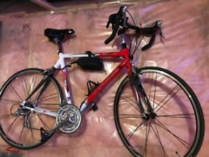 24 Speed Men's Trek ZR9000 Road Bike