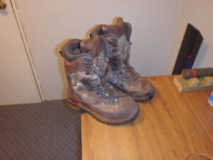 (Size 10 D) Cabellas inferno pac 2000 hunting boots