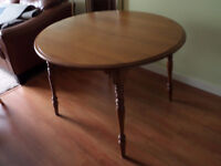 Dinning Room Table With Extension and 3 Chairs