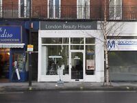 Friendly busy salon 5 minutes walking from Barons court station . looking for full time hairdresser