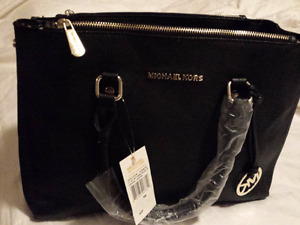 MICHAEL KORS MEDIUM AND MORE BRANDS