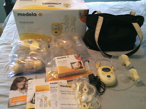 Medela Freestyle Double Electric Breast Pump Like New