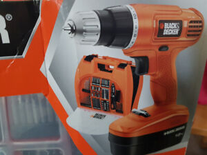 Black&Decker 18V Drill with accessory kit