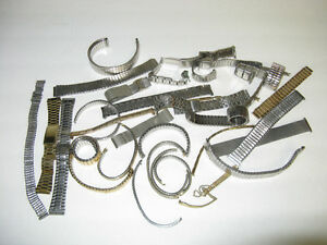 ASSORTED OLDER WRISTWATCH  BANDS WITH 75 BAND SPRING BARS