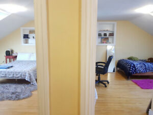 2 Bedroom Apartment Available Summer Months - STUDENTS ONLY