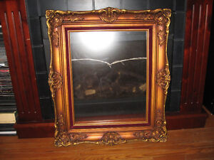 PICTURE FRAME WITH SMOKED GLASS