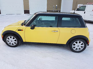 2003 MINI Mini Cooper Hatchback