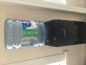 WATER COOLER BRAND NEW only used one water jug in it