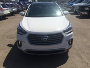 2017 Hyundai Santa Fe XL AWD Limited 6 Pass