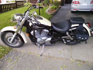 2001 Honda Shadow VT750 ACE