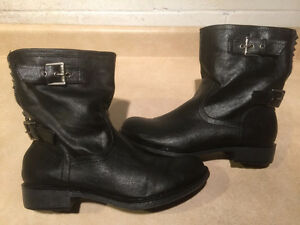 Women's GUESS Leather Boots Size 8.5 London Ontario image 1