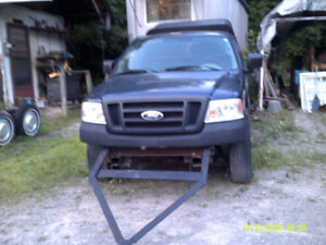 2005 Ford  pick-up / body parts & engine