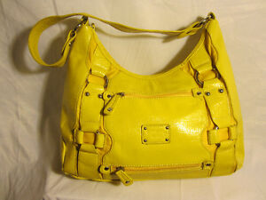 #32 Gabrelli & Co Yellow soft leather hobo style purse $25.00