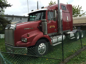 Western Star Highway Tractor Campbell River Comox Valley Area image 2