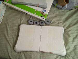 Wii system + Wii Fit + games + controlers Cambridge Kitchener Area image 3