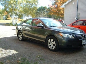 2007 Toyota Camry le Sedan, never smoked in, clean carproof,