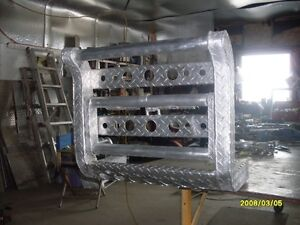 grille protechtor with step.