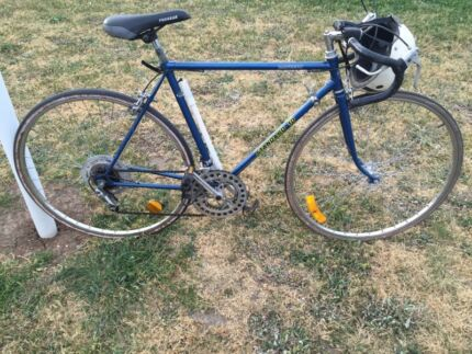 Vintage mens road bike classic 10 speed racer new tyre serviced ladies Melbourne CBD Melbourne City Preview