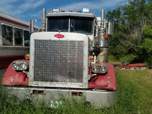 Peterbilt | Find Heavy Pickup & Tow Trucks Near Me in Regina from