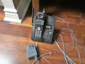 Panasonic Cordless Phone With Built-In Answering Machine (used)