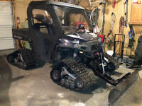 2010 RANGER 800 XP LE WITH TRACKS CAB AND HEATER