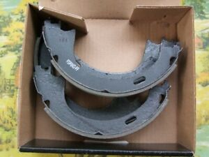 NEW EMERGENCY BRAKE SHOES FORD TRUCK,LINCOLN TRUCK&CARS SEE LIST