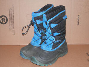 Boy's Winter Boots size 5