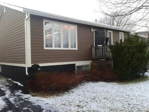 Two bdrm apt. on main floor close to Marine Inst., CONA & MUN