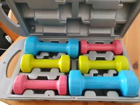 Women's dumbbells kit, 2x 1kg, 2x 1.5kg and 2x 2.5kg in box