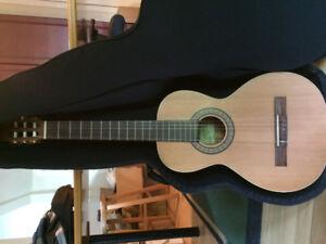 Guitare classique LaPatrie