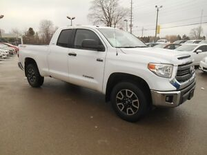 2014 Toyota Tundra SR5 5.7L V8 Double Cab 4WD Peterborough Peterborough Area image 8