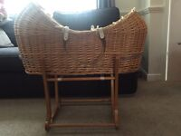 Mothercare 'The Snug' Moses Basket & Stand (Fixed or Rocking)