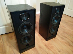 Pair of Tower Speakers - Genexxa (Radioshack)