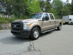 2011 Ford F-250 Crew Cab 2WD